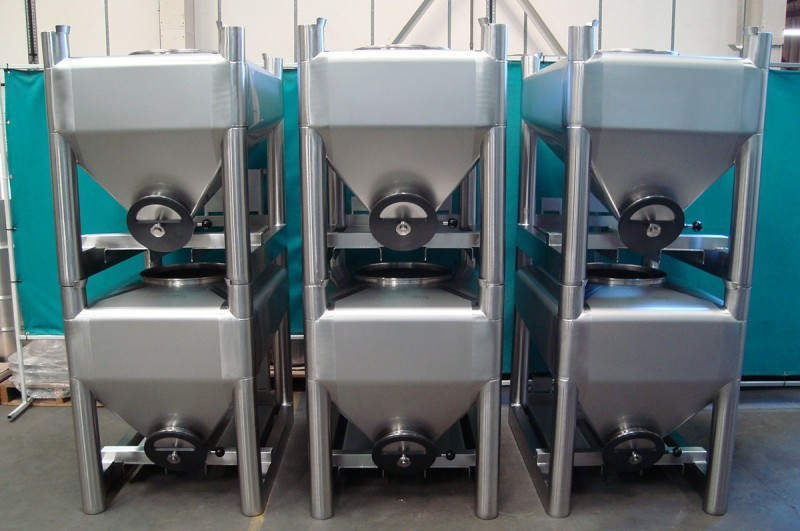 Bespoke stainless Steel side discharge outlet IBCs